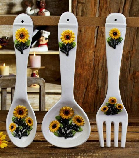 sunflower kitchen decorating ideas 16 best images about sunflower decorations on