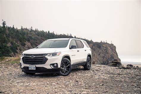 drive  chevrolet traverse canadian auto review