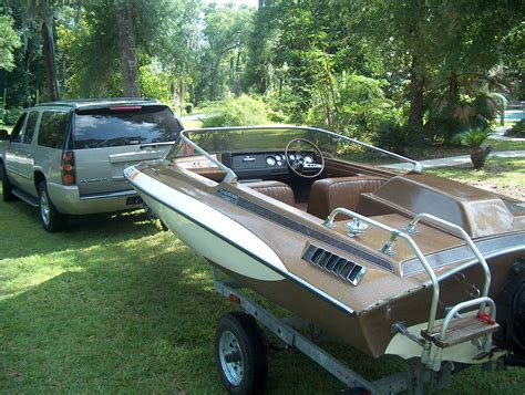 Old Boat Forum by New Toy 34 Year Old Hottie The Hull Truth Boating