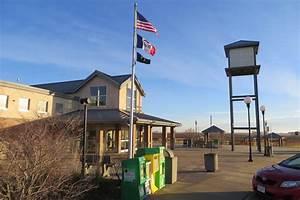 Trucks Overwhelm Rest Areas | Iowa Public Radio