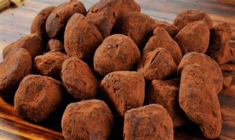 comment cuisiner les truffes truffes au chocolat noir recette az