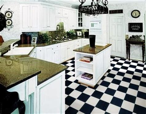 Black & White Checkered Garage, Kitchen Floor   Wide Width