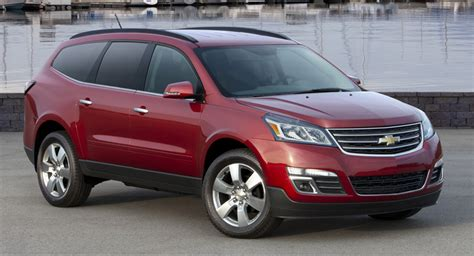 chevrolet crossover chevy reportedly planning new mid size crossover to fit