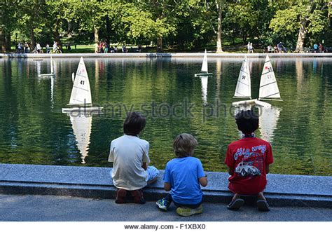 Central Park Boat Club by Model Boats Stock Photos Model Boats Stock Images Alamy