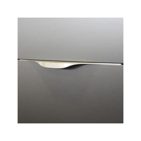 eclairage meuble cuisine led poignée de meuble cuisine look inox tirette vague