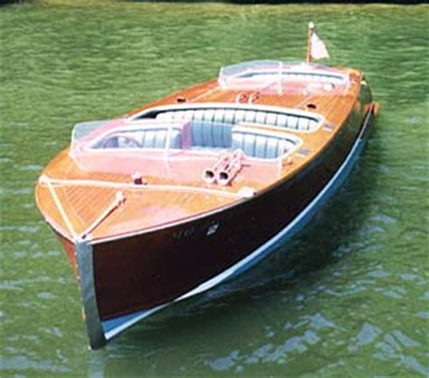 biscayne  foot classic mahogany runabout boat design   build
