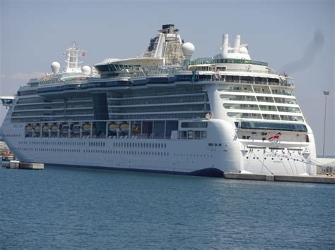 Ship On Royal Caribbean Jewel Of The Seas Cruise Ship ...