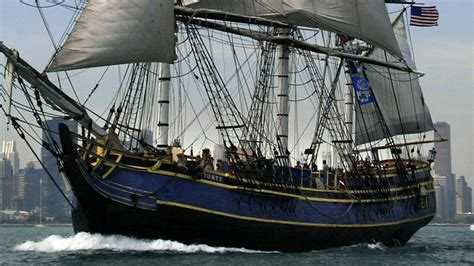 hms bounty replica sinking 14 rescued one unreponsive one missing as hms bounty
