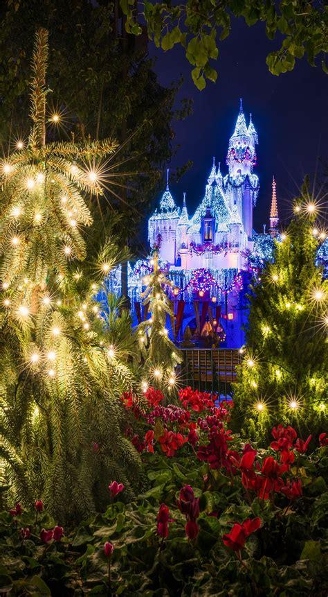 Background Disneyland Iphone Wallpaper by Free Disney Iphone Wallpapers Disney Tourist