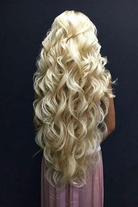 november  blonde hairstyles