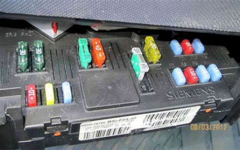 peugeot 1007 fuses fusebox