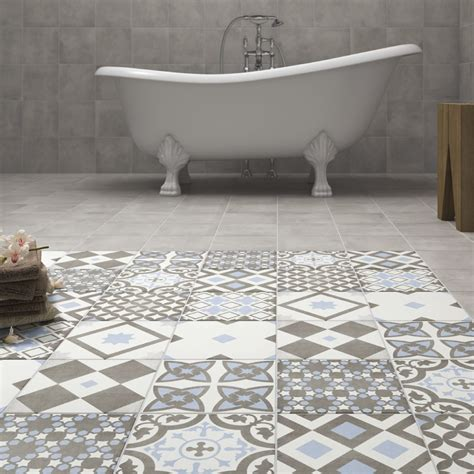 why do patterned tiles work so well in the bathroom
