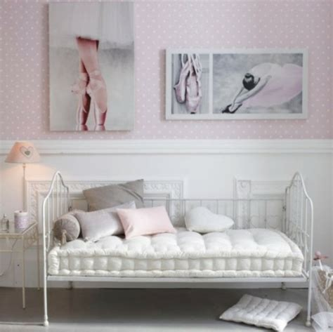 canapé chambre fille la chambre pour fille et moderne