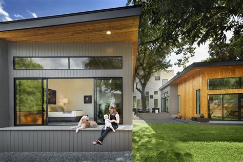 U Home Design Review : Bold And Modern U-shaped Courtyard House Designed Around Trees