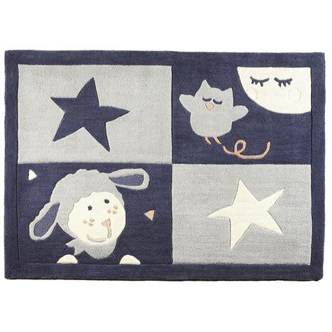 tapis bebe chambre tapis de chambre bébé 130x90cm merlin de sauthon baby deco