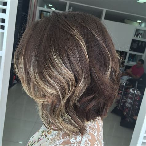 medium length bob hairstyles youll   copy