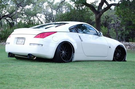 Description From Nissan 350z White Black Rims C4u5zq8g