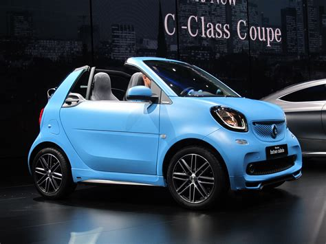 smart fortwo cabrio soft top minicar returns