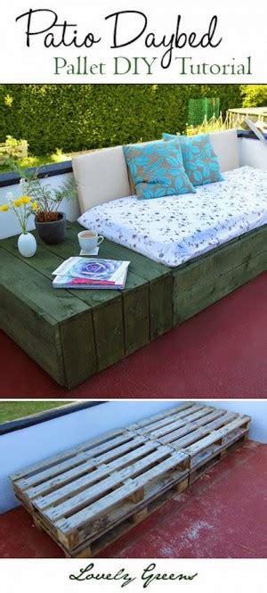 33914 lovely pallet day bed hacer un sofa cama con palets barato y sencillo