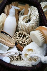 25+ best ideas about Spa Gift Baskets on Pinterest | Spa ...