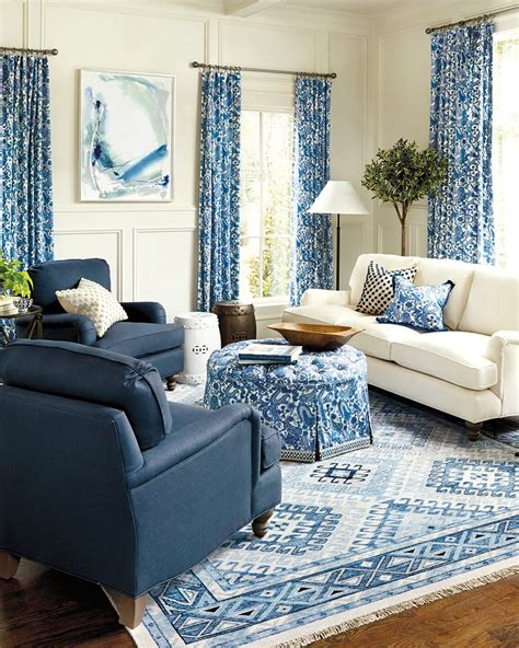 Decorate coffee table ideas weegan co. 10 Living Rooms Without Coffee Tables - How To Decorate