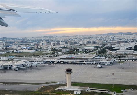 File:Tunis-Carthage Airport.jpg - Wikimedia Commons