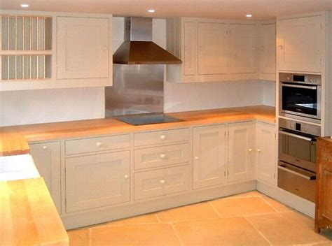 cuisine plan de travail en bois cuisine plan de travail de cuisine classique clair en