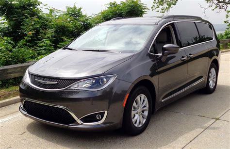 pacifica siege chrysler kia 28 images review 2017 chrysler pacifica