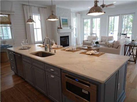 Kitchen/family Room Combo