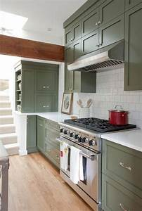 green kitchen cabinets 2255