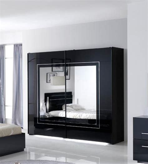 d馗oration chambre noir et blanc chambre a coucher noir et blanc chambre a coucher noir et chambre a coucher moderne et noir modele with chambre a coucher noir et