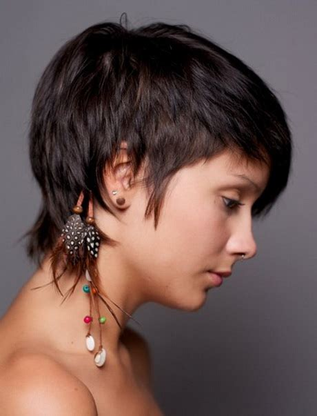 short cropped hairstyles  women