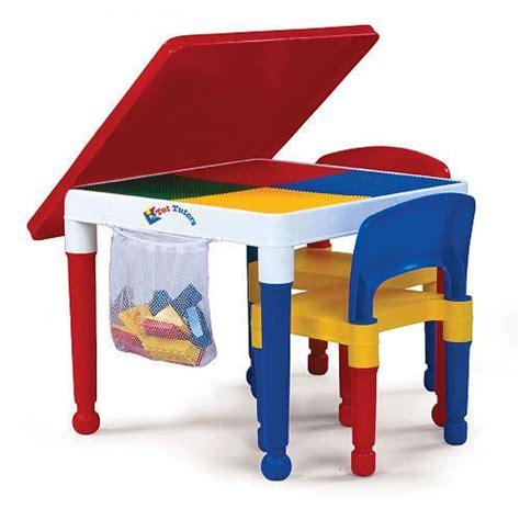 Tot Tutors Kids Building Table for Lego, Mega Blocks   2 Chairs