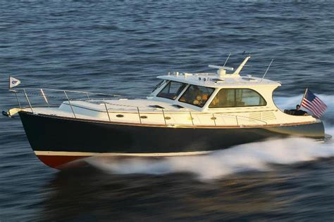 Hinckley Boat Construction by 2006 Hinckley Talaria 55 My Power New And Used Boats For Sale