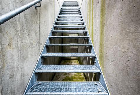 escalier en caillebotis metallique escalier caillebotis caract 233 ristiques atouts prix ooreka