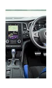 Renault Megane Sports Tourer Interior & Infotainment | carwow