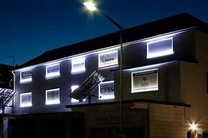 Außenbeleuchtung Haus Led : led band au enbeleuchtung glas pendelleuchte modern ~ Lizthompson.info Haus und Dekorationen