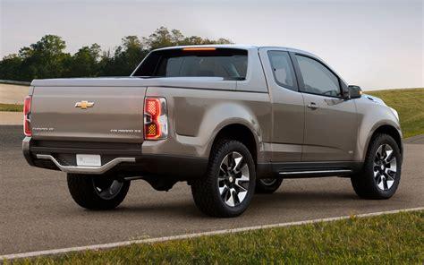 2014 Chevrolet Colorado Truck  Top Auto Magazine