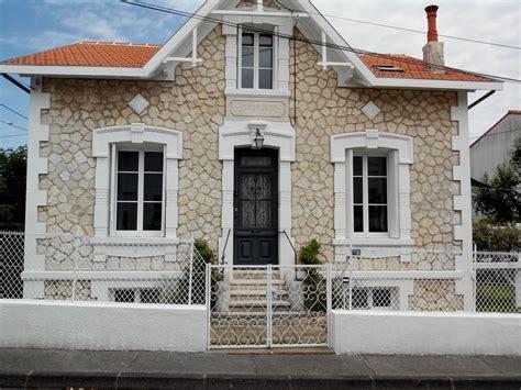 decoration de maison en algerie royan location de vacances maison avec parasol dans la royan 6669385