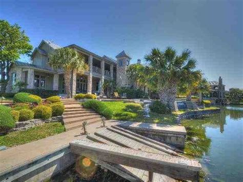 pin christie texas living waterfront homes sale waterfront homes country real estate