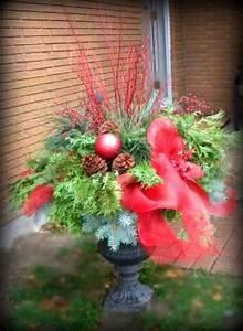Decorating, Christmas, Urns