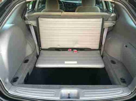 Suvs With Stow And Go Seats by Purchase Used One Owner Carfax Seats 8 Stow