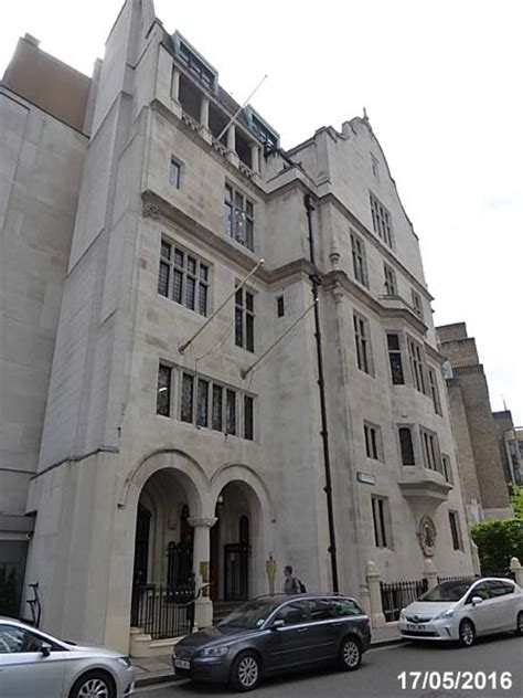 chartered insurance institute london