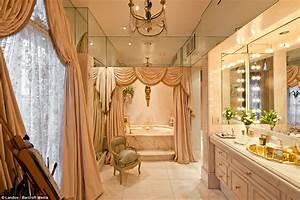 Joan Rivers' New York apartment 'where Marie Antoinette
