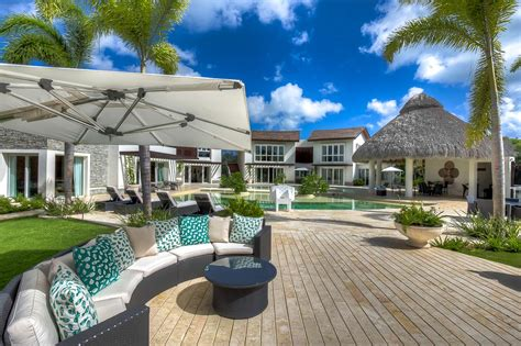 Tropical Villa by Tropical Villa At Cap Cana Luxury Retreats