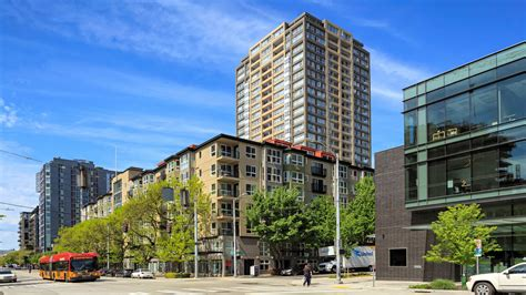 Apartment Leasing Seattle Wa by Centennial Tower And Court Apartments In Belltown 2515