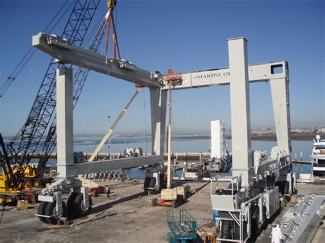 Biggest Boat Lift In The World by Scuttlebutt Photos Largest Travel Lift