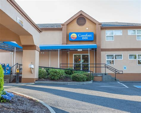 the comfort inn comfort inn on the bay in port orchard wa whitepages
