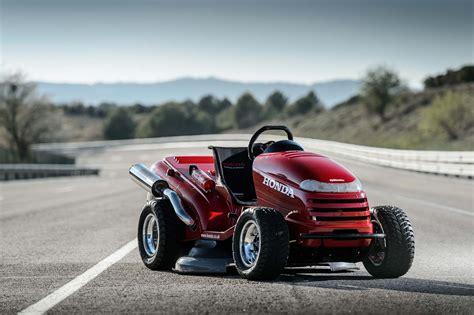 Worlds Fastest Honda by Honda Breaks World Record For Fastest Lawn Mower Asphalt