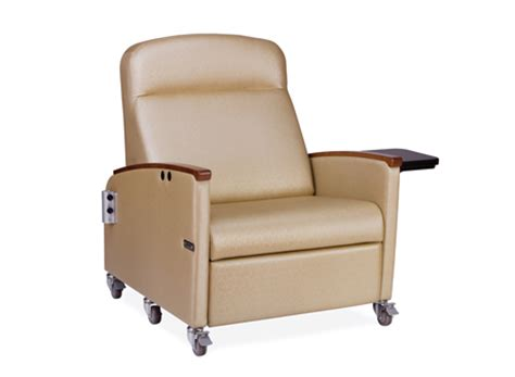 of care powered bariatric recliner hill rom